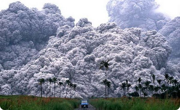 10 самых интересных вулканов, на которые можно подняться