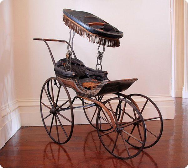 Как появились детские коляски