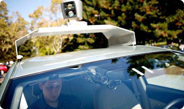 Самоуправляемые автомобили Google