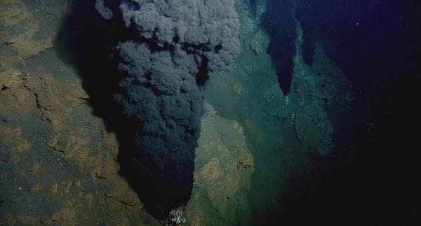 Таинственное бульканье на дне океана