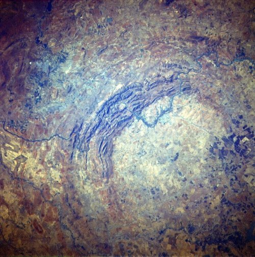Топ-10: Самые мощные падения метеоритов в истории