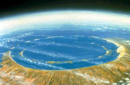 top-10-samye-moshhnye-padeniya-meteoritov-v-istorii-2