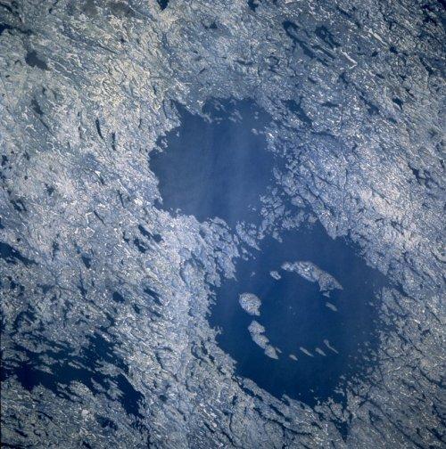 top-10-samye-moshhnye-padeniya-meteoritov-v-istorii-6