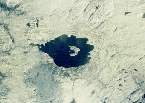 top-10-samye-moshhnye-padeniya-meteoritov-v-istorii-8