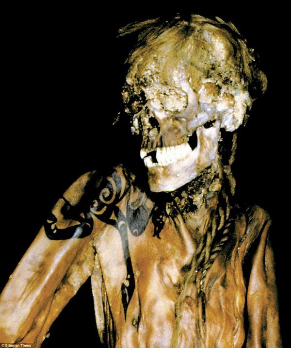 strashnye-mumii-13-samyx-zhutkix-eksponatov-12