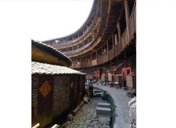 tuloyu-osobennaya-zashhita-kitajskix-domov-v-srednie-veka-10