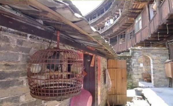 tuloyu-osobennaya-zashhita-kitajskix-domov-v-srednie-veka-11