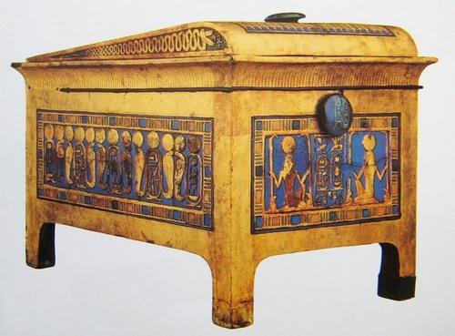 interesnye-spravki-iz-proshlogo-o-mebeli-drevnix-egiptyan-2