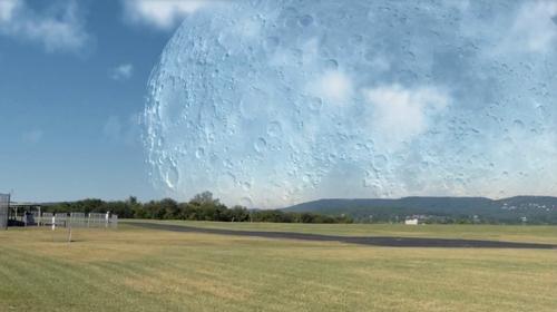 kak-by-vyglyadela-luna-na-rasstoyanii-400-km-ot-zemli-2
