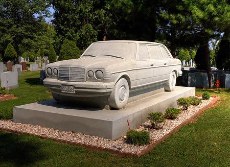 2 самых необычных авто от Mercedes