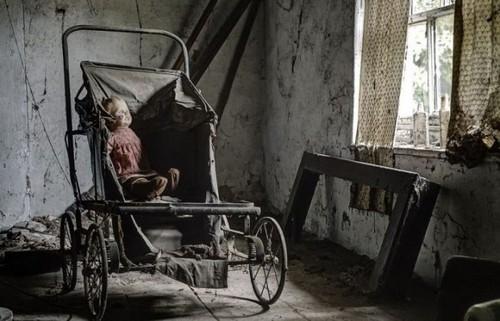 mrachnyj-zabroshennyj-dom-nemeckogo-doktora-9