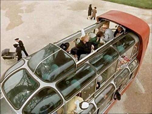 avtobusy-budushhego-glazami-dizajnerov-proshlogo-11