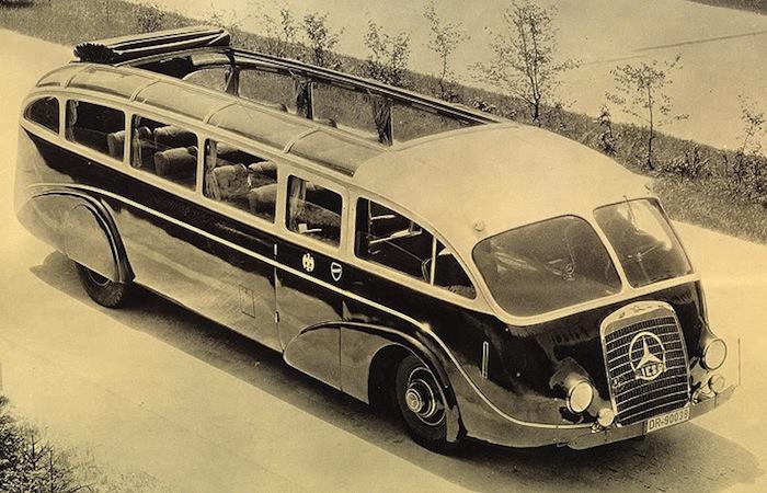avtobusy-budushhego-glazami-dizajnerov-proshlogo-4