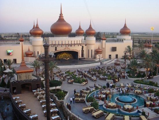 Ворота Дамаска: самый большой ресторан в мире