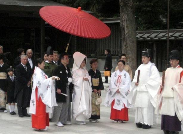 Как проходит японская свадьба