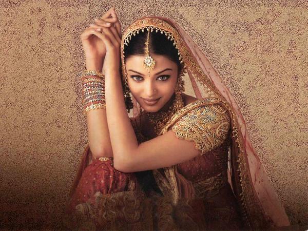 lyubopytnye-fakty-ob-indijskom-sari-2